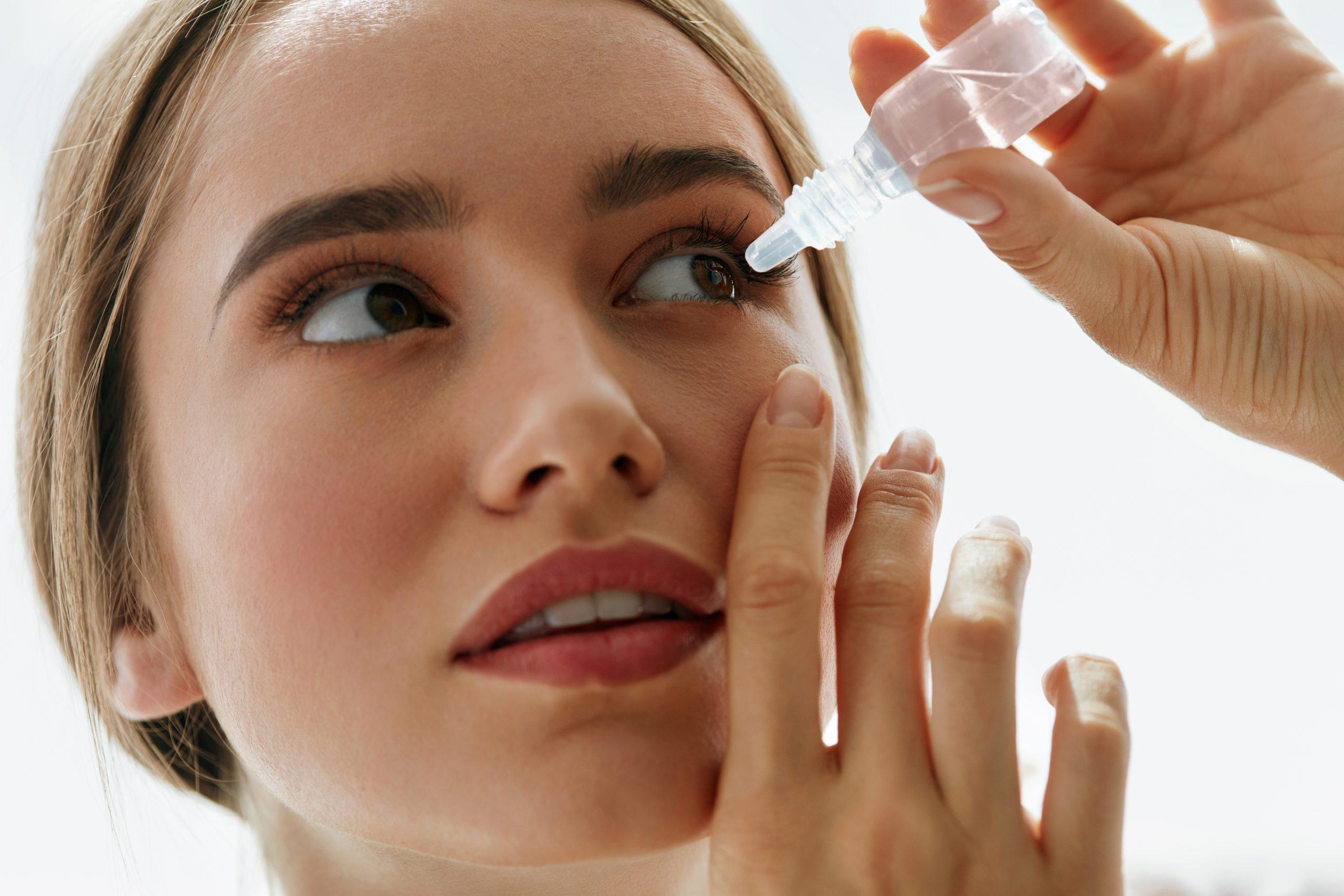 Augentropfen für trockene Augen: Test & Empfehlungen (03/21)