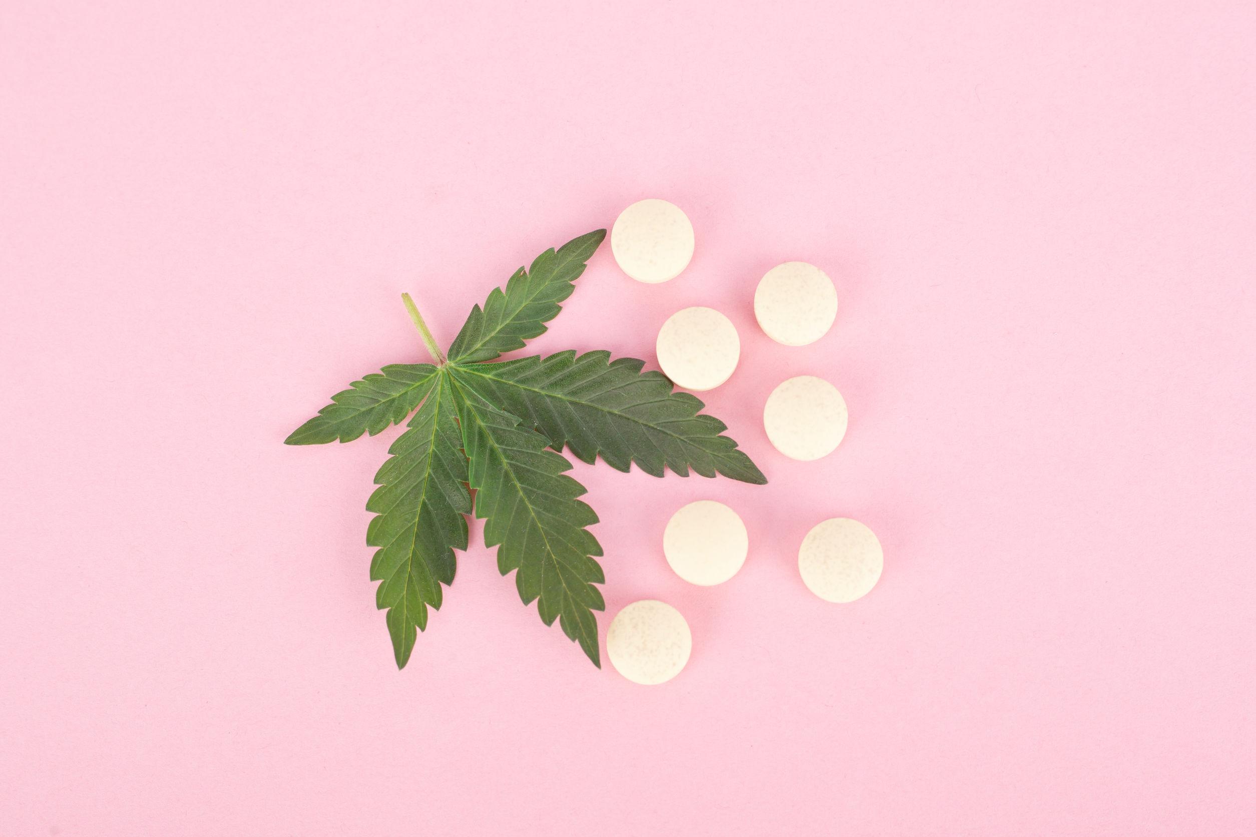 CBD Tabletten: Test, Wirkung, Anwendung & Studien (08/20)