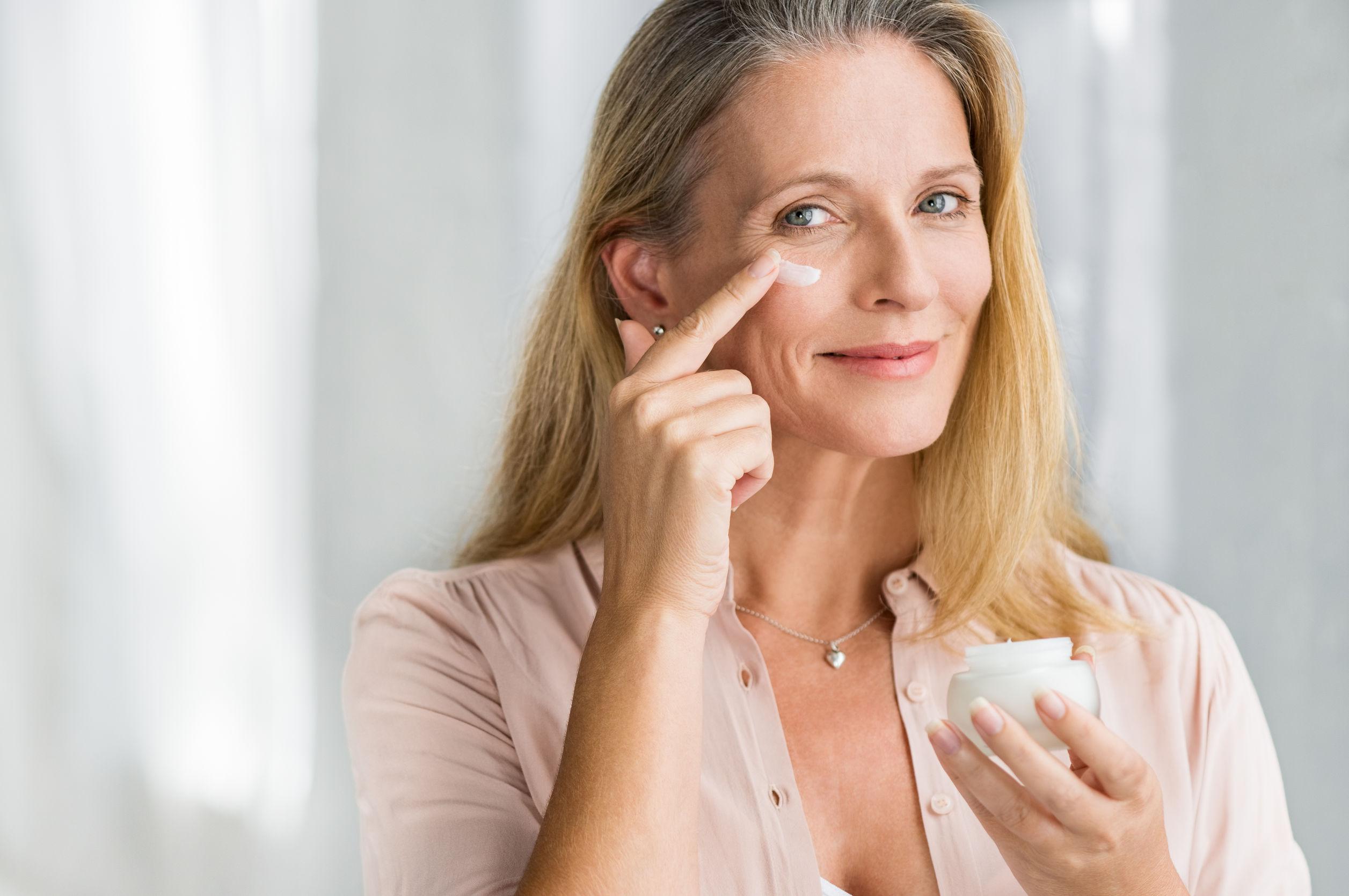 Creme gegen Augenringe: Test & Empfehlungen (01/21)
